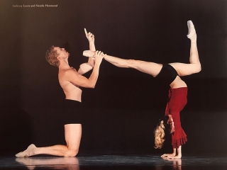 Natalie Hammond and Tony Lewis in Tightrope, chor. Francois Klaus, QLD Ballet